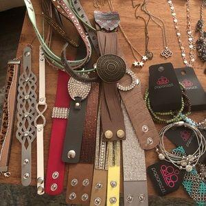Paparazzi jewelry lot !!